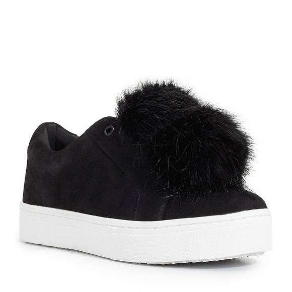 Pom Pom Black Sneakers Leya Size 6